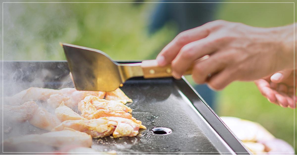 On cuisine la plancha l gumes viandes et poissons for Viande a la plancha
